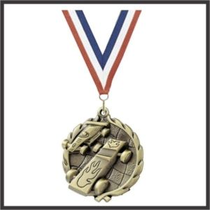 Pinewood Car Wreath Medal - 1-3/4""